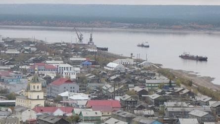 初雪の街オリョークミンスク