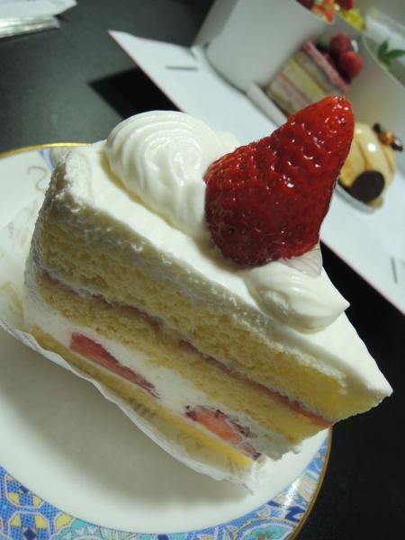 シェ・アオタニ カットケーキ (5)