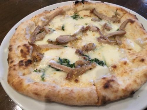 2016-04-21ハーブ鶏とルッコラのピザ