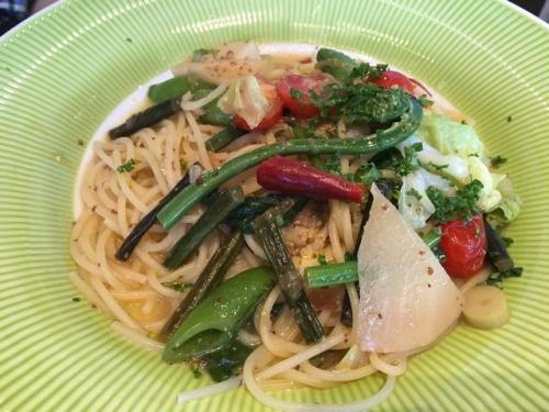 2016-05-15季節の野菜のパスタ
