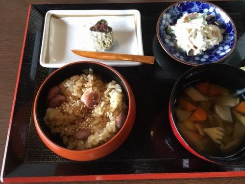 2016-06-09しょうゆ赤飯御膳