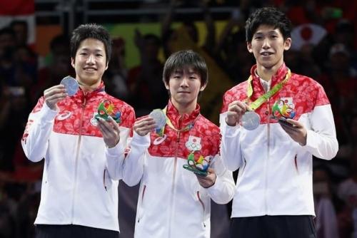 男子卓球団体