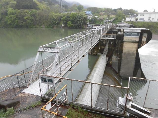 南向発電所取水堰堤 (2)