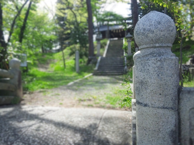 岡田神社の石橋 (8)