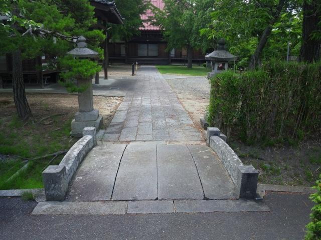 光蓮寺の参道橋