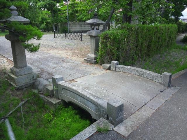 光蓮寺の参道橋 (2)