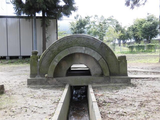 清水神社の太鼓橋 (3)