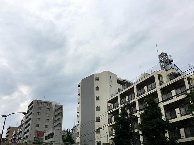 どんより曇る2016年5月26日の東京1 by占いとか魔術とか所蔵画像