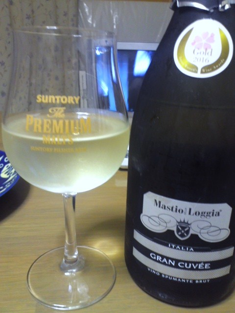 Mastio DELLA Loggia GRAN CUVÉE VINO SPUMANTE BRUT(マスティオ・デッラ・ロッジア グラン・キュヴェ・ヴィノ・スプマンテ・ブリュット)