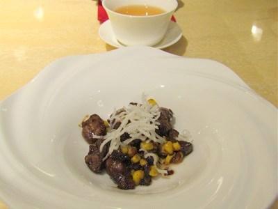 ホールコーンと国産牛肉の味噌炒め