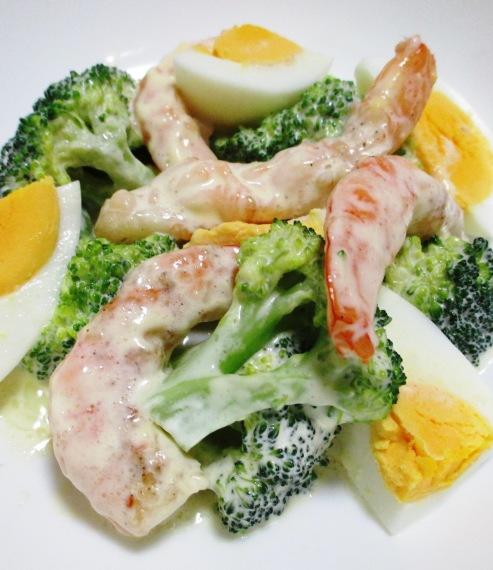 海老とブロッコリーの卵サラダ 大