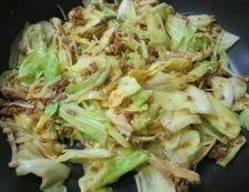 キャベツとエノキの肉味噌炒め 調理⑥