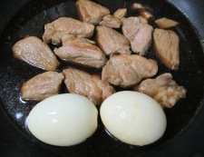 肩ロースとゆで卵のさっぱり煮 調理④