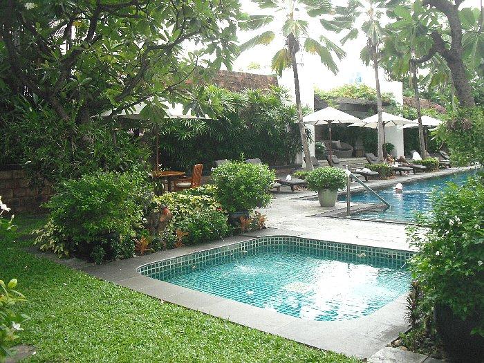 pool at JW