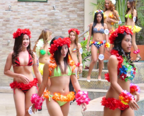 miss bacardi swimsuit contest101516 (9)