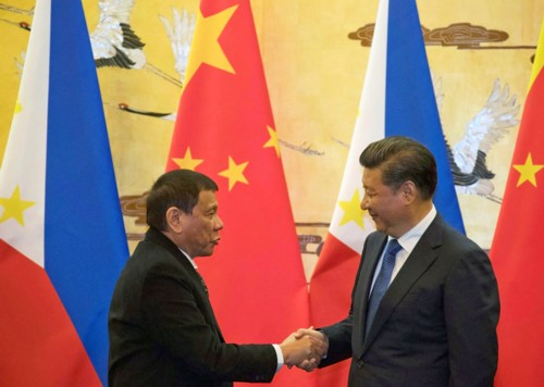 duterte-jinping-102016 shake hands ABS-CBN