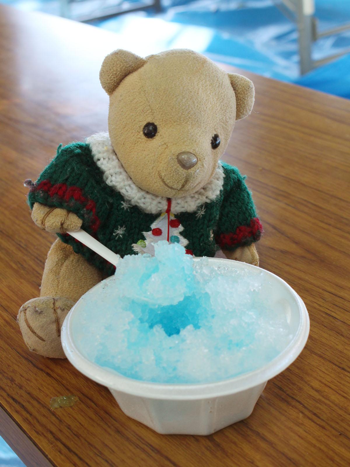 かき氷(ブルーハワイ)を 熊野神社 150809