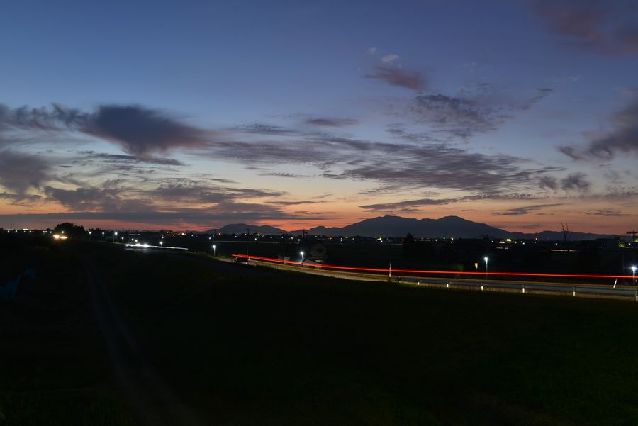 橋からの夕暮れ-3
