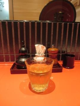 冷たい蕎麦茶