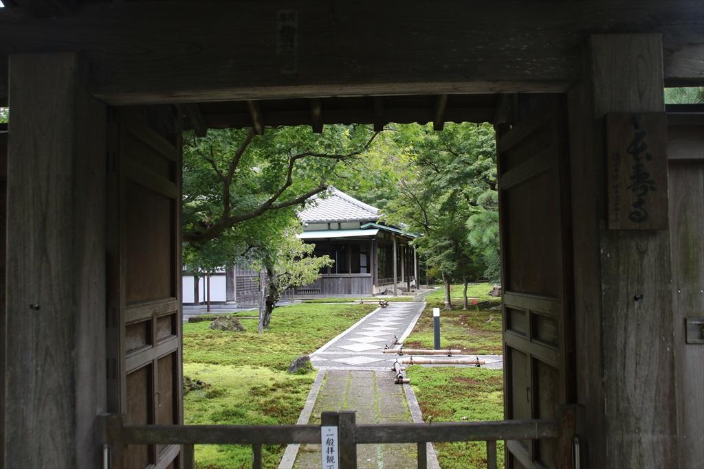 長寿寺を覗く_3