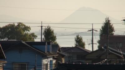 窓から見た琵琶湖(11月7日8時頃)