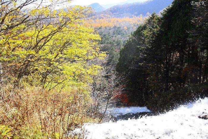 095-New-Emi-湯滝