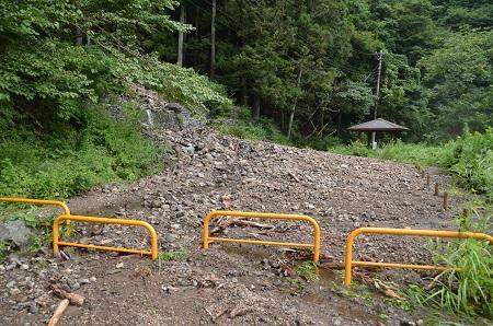 20160823エボラ沢の滝02