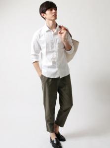 白 麻シャツ