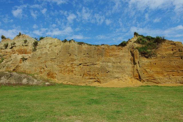 崖のある風景(2)