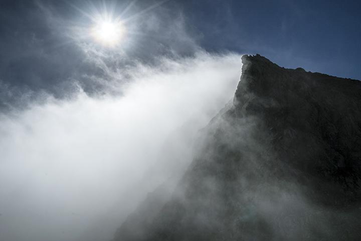 161029 岩峰湧雲