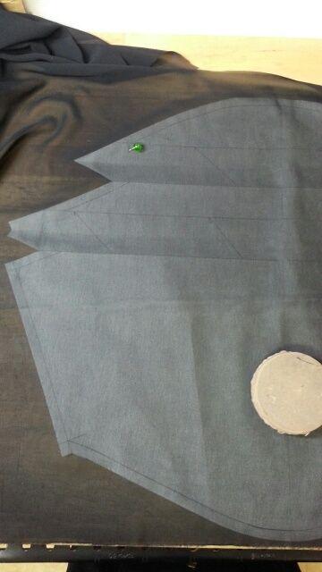 バルーンワンピース袖付け衿付け⑦