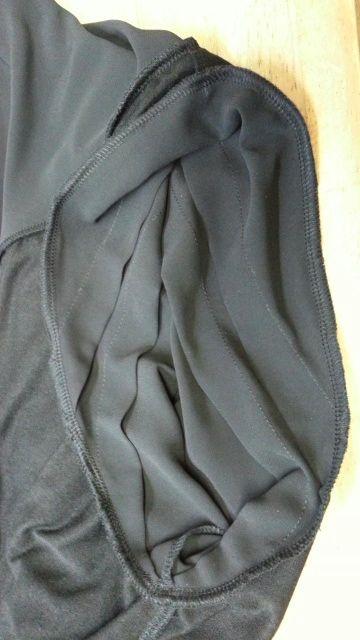 バルーンワンピース袖付け衿付け⑭