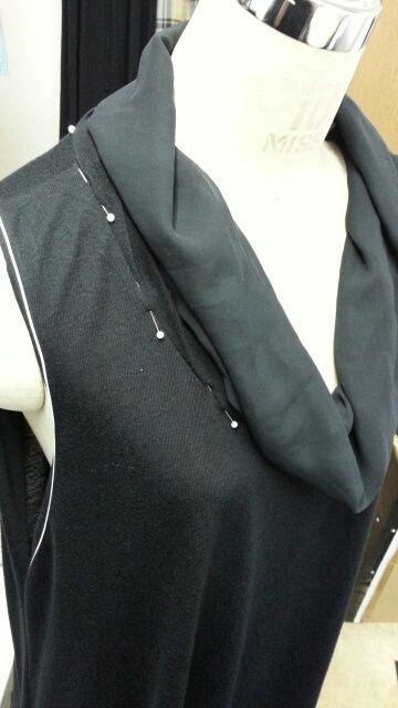 バルーンワンピース袖付け衿付け⑱