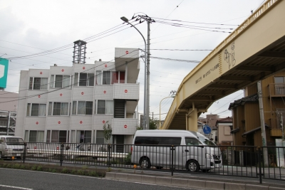 鳩ヶ谷市民プール歩道橋