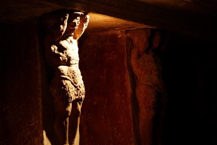 ポンペイ フォロ 浴場 彫像 神 201603