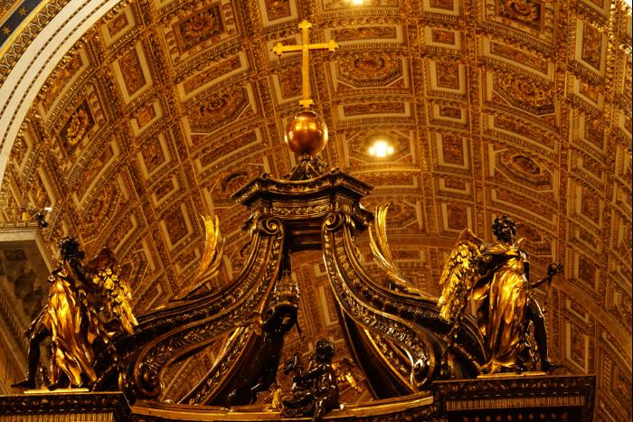 サンピエトロ大聖堂 内部 中央 天蓋 201603