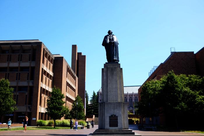シアトル ワシントン大学 ワシントン像 201608