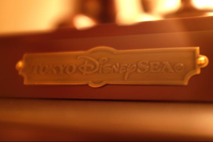 東京ディズニーシー 15周年 ブロンズ像 TDS 9