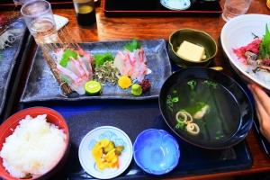 (6)おいしいお昼