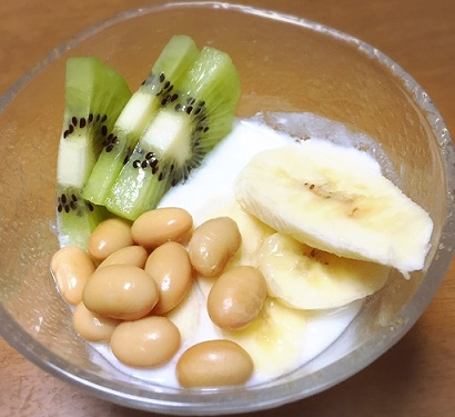 ヨーグルト&キュウイ&バナナ&スーパー蒸し大豆