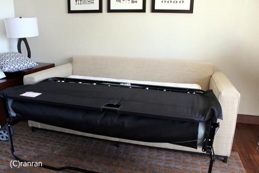 ベッドに変身