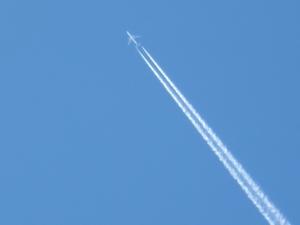 160724-12=飛行機と飛行機雲up