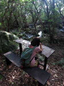 161014-316=水戸幸恵 avc ベンチ aONA文化の森