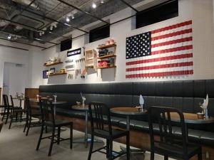 P9188034 BURGERS CAFE
