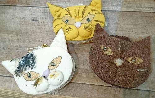 舞猫顔ポーチ