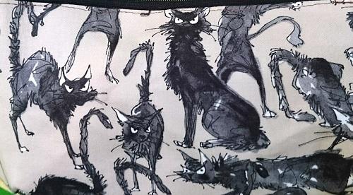 荒ぶる猫ポシェ生地