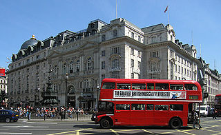 320px-Routemaster_Bus,_Piccadilly_Circus