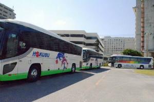 CvgRsnJUIAAidZc観光バスが待機場を利用