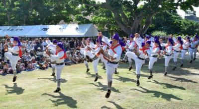 CwYn-EdUkAAqzEh竹富島で種子取祭