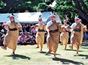 Cwc-EbMUQAA5I_4竹富島「種子取祭」